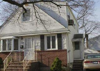 Pre Foreclosure in Valley Stream 11580 ARLINGTON AVE - Property ID: 1059340571