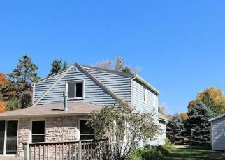 Pre Foreclosure in Oconomowoc 53066 FOREST BAY RD - Property ID: 1059409330