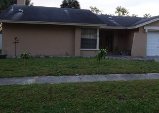 Pre Foreclosure in Tampa 33624 WINGATE DR - Property ID: 1059467134
