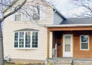 Pre Foreclosure in Oconomowoc 53066 SUMMIT AVE - Property ID: 1059708913