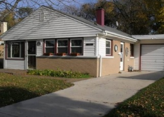 Pre Foreclosure in Milwaukee 53219 S 57TH ST - Property ID: 1060290534