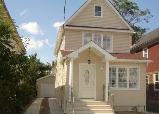 Pre Foreclosure in Jamaica 11433 109TH RD - Property ID: 1060368944