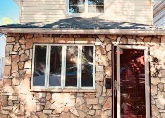 Pre Foreclosure in Staten Island 10301 LABAU AVE - Property ID: 1060894504