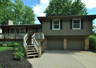 Pre Foreclosure in Omaha 68154 LAFAYETTE PLZ - Property ID: 1061010110