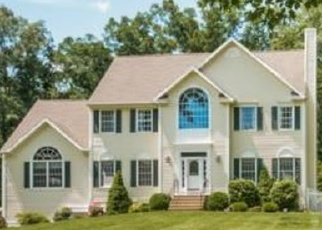 Pre Foreclosure in Sandy Hook 06482 MISTY VALE RD - Property ID: 1061179174