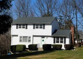 Pre Foreclosure in Danbury 06811 HIGH VIEW CIR - Property ID: 1061648697