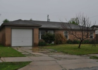 Pre Foreclosure in Owasso 74055 N CARLSBAD ST - Property ID: 1061745483