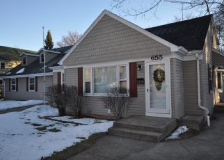 Pre Foreclosure in West Bend 53095 S 7TH AVE - Property ID: 1061775710