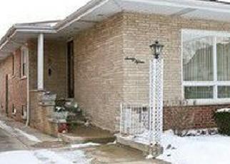 Pre Foreclosure in Blue Island 60406 WALNUT ST - Property ID: 1062027543
