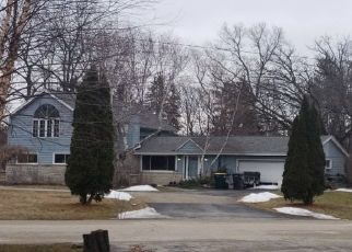 Pre Foreclosure in Hales Corners 53130 PARKVIEW LN - Property ID: 1062298199