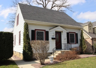 Pre Foreclosure in Milwaukee 53214 S 89TH ST - Property ID: 1062305656