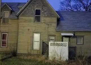 Pre Foreclosure in Paxton 60957 W OAK ST - Property ID: 1062429598