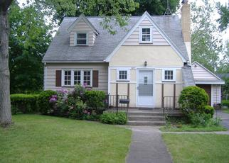 Pre Foreclosure in Rochester 14622 HEBERTON RD - Property ID: 1062614422