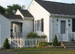 Pre Foreclosure in Swansea 02777 BOURNE RD - Property ID: 1062753708