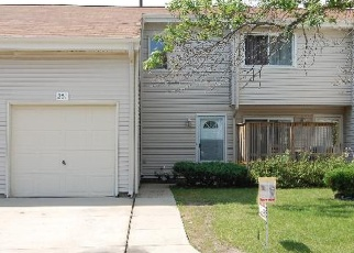 Pre Foreclosure in Glendale Heights 60139 E ALPINE DR - Property ID: 1062922765