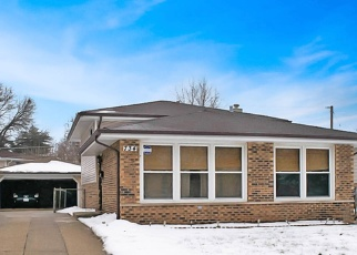Pre Foreclosure in Dolton 60419 E 148TH ST - Property ID: 1062926707