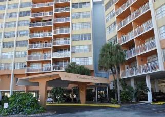 Pre Foreclosure in Miami 33162 NE 164TH ST - Property ID: 1063418546