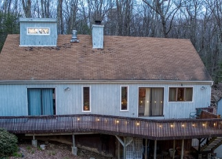 Pre Foreclosure in Canton 06019 N MOUNTAIN RD - Property ID: 1063905573