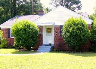 Pre Foreclosure in Greenwood 29646 ELIZABETH AVE - Property ID: 1063906899