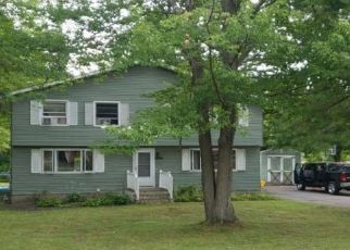 Pre Foreclosure in Orchard Park 14127 BUSSENDORFER RD - Property ID: 1064136833