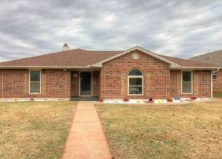 Pre Foreclosure in Edmond 73013 NW 141ST ST - Property ID: 1064265139