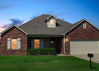 Pre Foreclosure in Claremore 74019 GALLO DR - Property ID: 1064355822