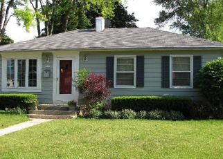 Pre Foreclosure in Milwaukee 53222 W CENTER ST - Property ID: 1064451736