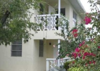 Pre Foreclosure in Fort Lauderdale 33308 NE 55TH CT - Property ID: 1064508219