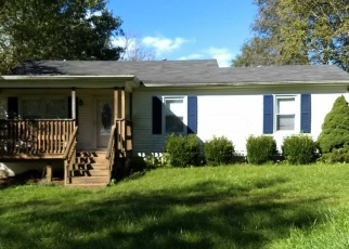 Pre Foreclosure in Shelbyville 40065 OLD SEVEN MILE PIKE - Property ID: 1064617276