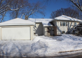 Pre Foreclosure in Downers Grove 60515 PERSHING AVE - Property ID: 1064799473
