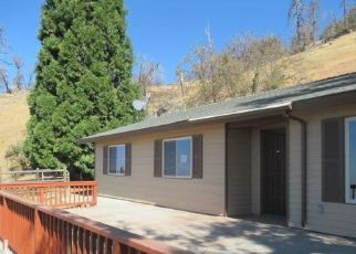 Pre Foreclosure in Tehachapi 93561 DEERTRAIL DR - Property ID: 1065075400