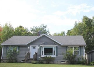 Pre Foreclosure in Monmouth 04259 ORCHARD LN - Property ID: 1065403442