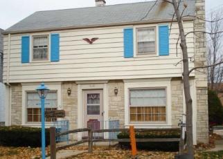 Pre Foreclosure in Milwaukee 53210 W LOCUST ST - Property ID: 1065591779