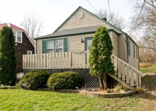 Pre Foreclosure in Oak Forest 60452 KENTON AVE - Property ID: 1065742883