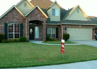 Pre Foreclosure in Jenks 74037 W 110TH PL S - Property ID: 1065817773