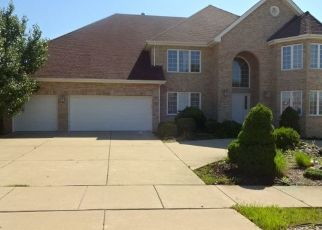 Pre Foreclosure in South Holland 60473 WOODLAND DR - Property ID: 1065865506