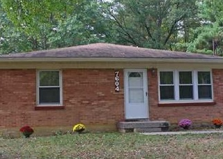 Pre Foreclosure in Louisville 40214 ROSEMARY LN - Property ID: 1065947857