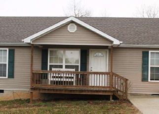 Pre Foreclosure in Stanford 40484 CASSIE CT - Property ID: 1066158509