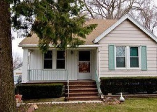 Pre Foreclosure in Wood Dale 60191 CATALPA AVE - Property ID: 1066163774