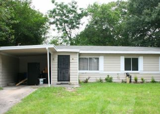 Pre Foreclosure in Jacksonville 32210 CANAVERAL RD - Property ID: 1066761155