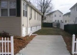Pre Foreclosure in Staten Island 10303 LOCKMAN AVE - Property ID: 1066831683
