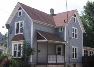 Pre Foreclosure in Belvidere 61008 E PERRY ST - Property ID: 1066926723