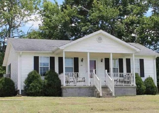Pre Foreclosure in Stanford 40484 LINCOLN TRL - Property ID: 1067172418