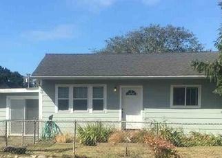 Pre Foreclosure in Crescent City 95531 GRAND AVE - Property ID: 1067337539