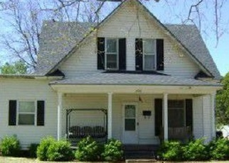 Pre Foreclosure in Chickasha 73018 S 16TH ST - Property ID: 1067342799