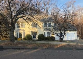 Pre Foreclosure in Stratford 06614 LONGVIEW DR - Property ID: 1067474625