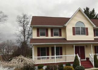 Pre Foreclosure in Thiells 10984 SUFFERN LN - Property ID: 1067791724