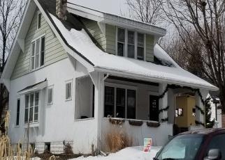 Pre Foreclosure in Saint Paul 55107 WINONA ST W - Property ID: 1068541975