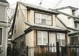 Pre Foreclosure in Hollis 11423 196TH ST - Property ID: 1068672930