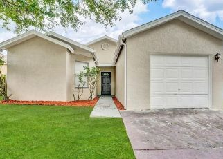 Pre Foreclosure in Orlando 32811 WOOD CROSSING ST - Property ID: 1068707970